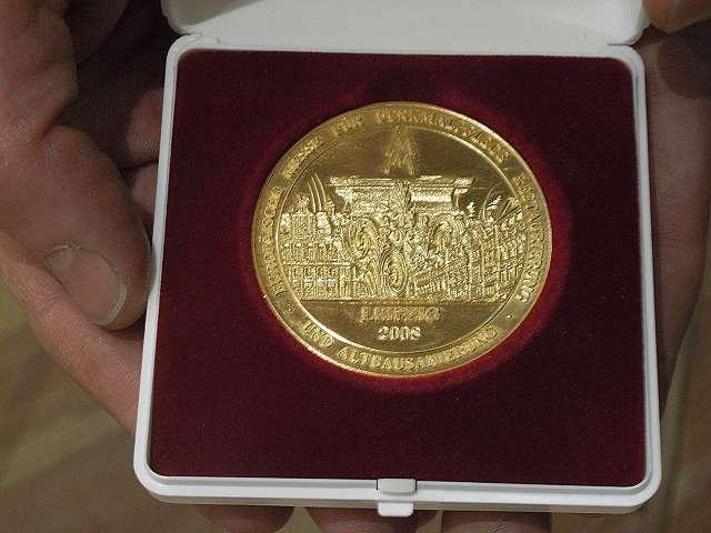 denkmal-Goldmedaille für HausHalten e.V.