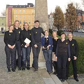 Mitglieder und Mitarbeiter des HausHalten e.V. bei der Preisverleihung in Cottbus